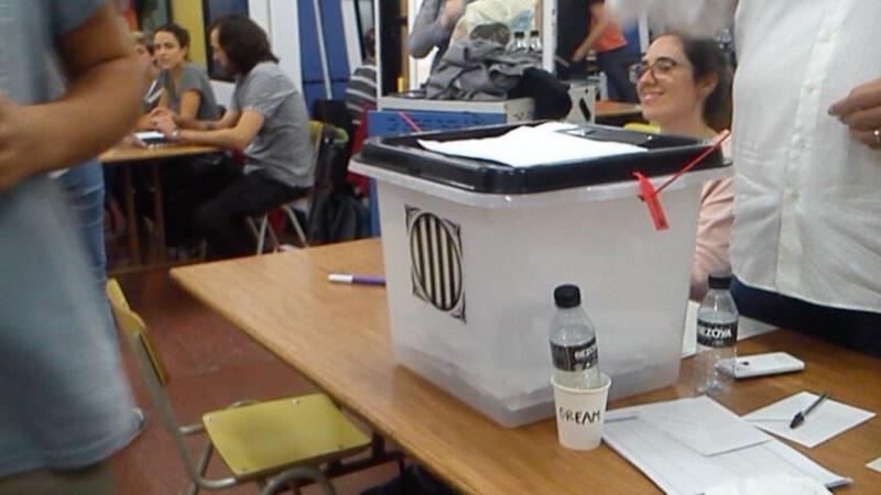 Photo of  ▶ DOCUMENTAL   Així va ser l'1 d'octubre a Hostafrancs